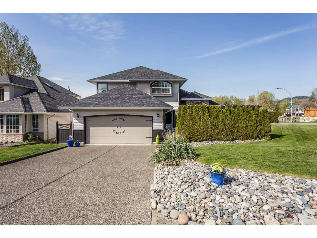 Main Photo: 34473 THOREAU AVENUE in Abbotsford: Abbotsford East House for sale : MLS®# R2261619