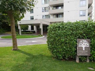 Main Photo: 404 5645 BARKER Avenue in Burnaby: Central Park BS Condo for sale (Burnaby South)  : MLS®# R2306804