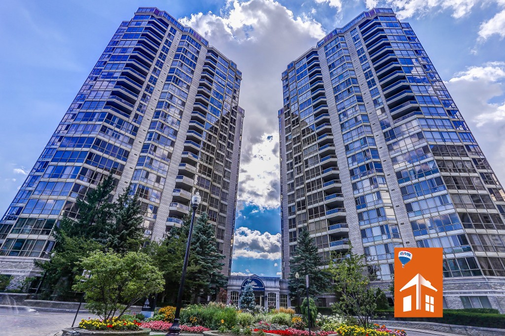 Main Photo: 2109 55 Kingsbridge Garden Circle in Mississauga: Hurontario Condo for sale : MLS® # W3590743