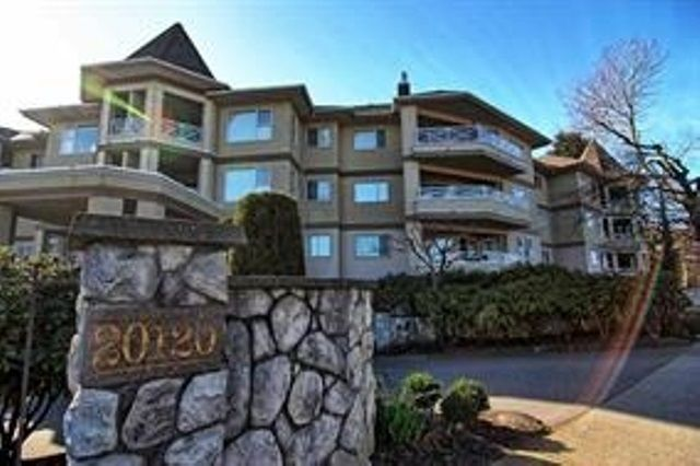 "Main Photo: 208 20120 56 Avenue in Langley: Langley City Condo for sale in ""BLACKBERRY"" : MLS®# R2232272"