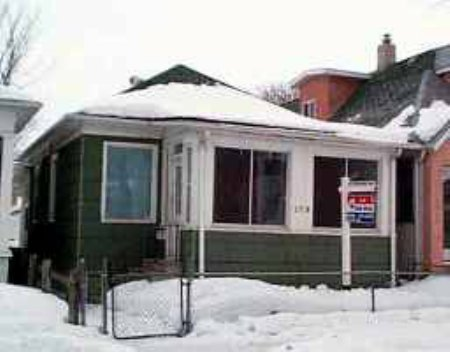 Main Photo: 579 Walker Avenue: Residential for sale (Central)  : MLS® # 2401898