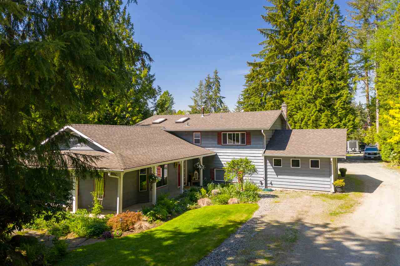 FEATURED LISTING: 20094 FERNRIDGE Crescent Langley