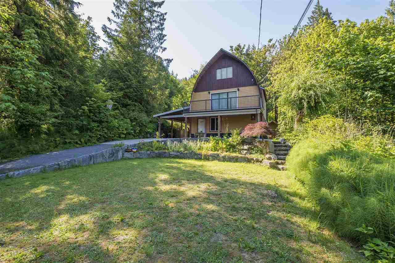 Main Photo: 66662 SUMMER Road in Hope: Hope Kawkawa Lake House for sale : MLS®# R2269732