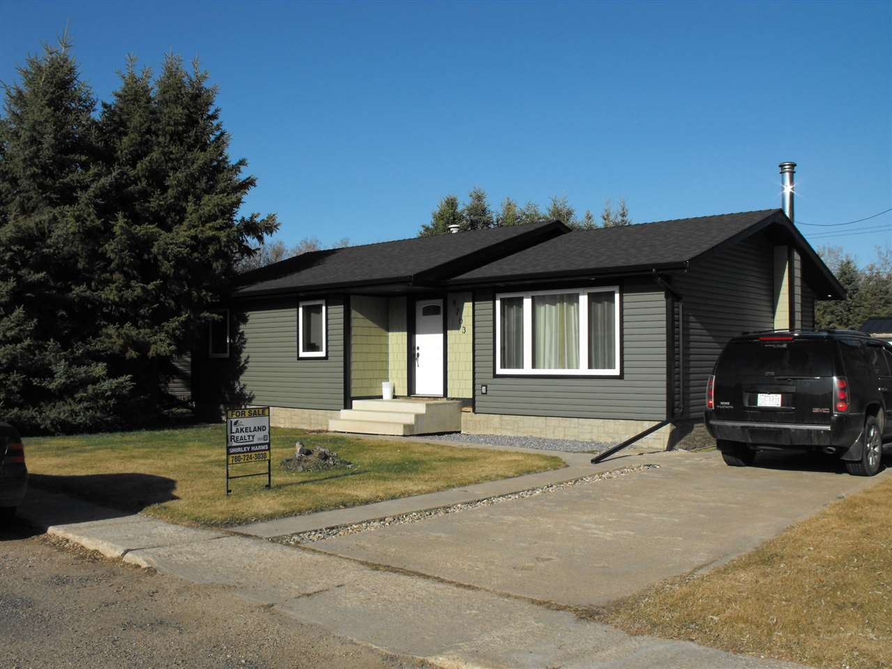 FEATURED LISTING: 4703 48 Street Myrnam