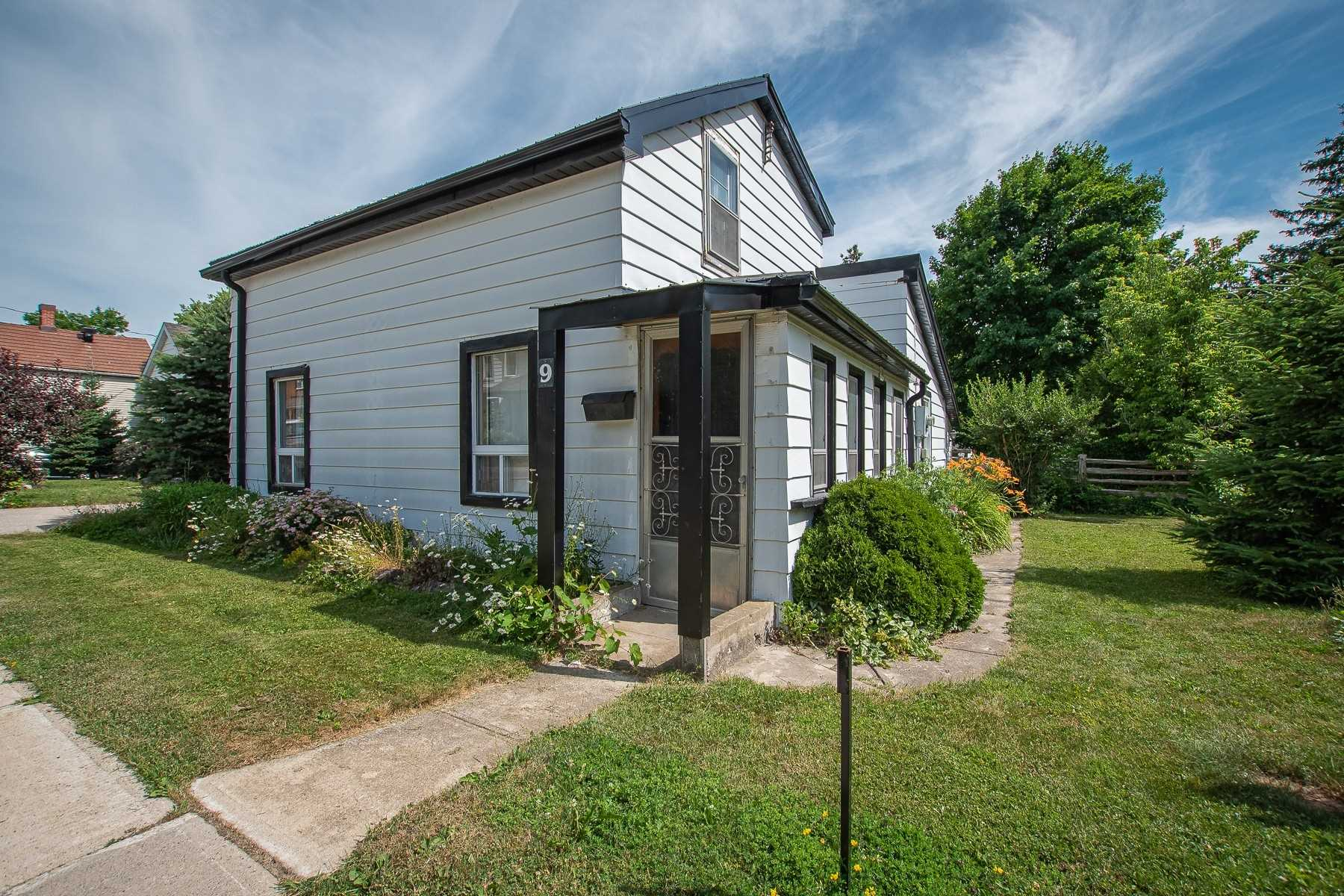 FEATURED LISTING: 9 Margaret Street Orangeville