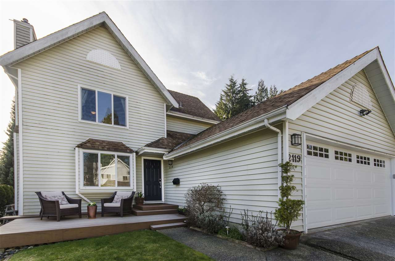 "Main Photo: 2119 KIRKSTONE Place in North Vancouver: Lynn Valley House for sale in ""KIRKSTONE"" : MLS®# R2038550"