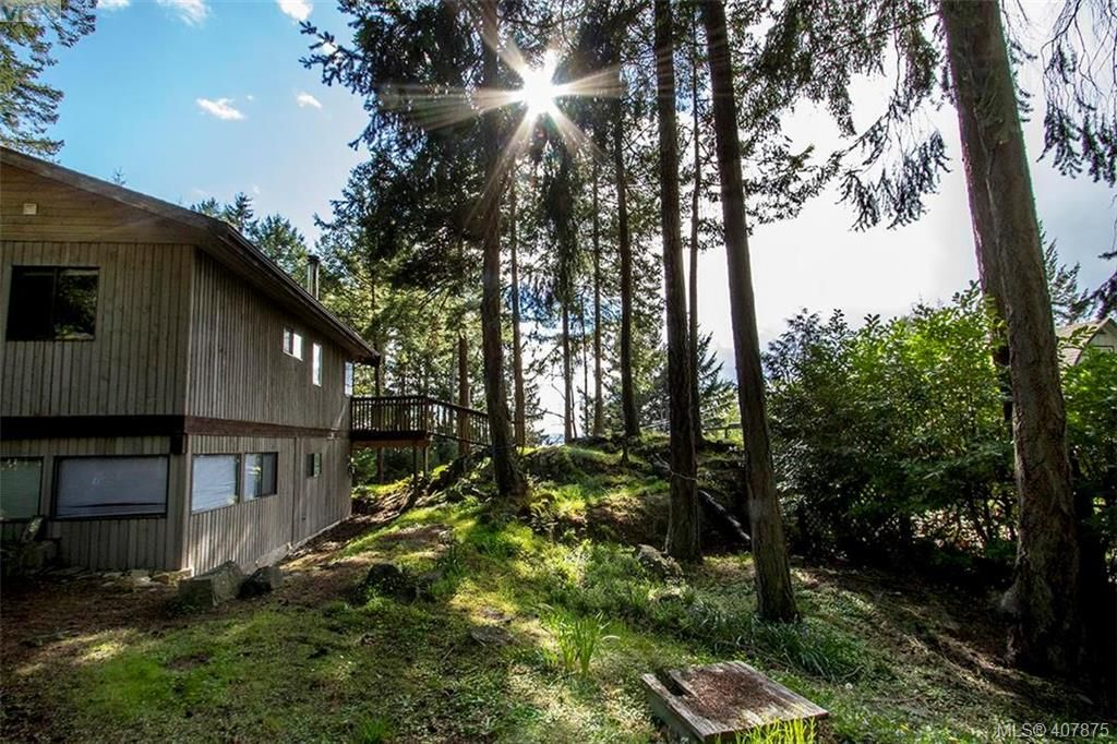 FEATURED LISTING: 2749 Shoal Rd PENDER ISLAND