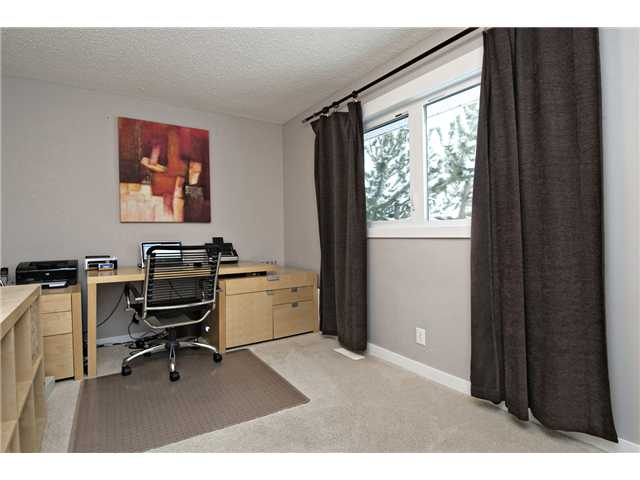 Photo 13: 6628 LAW Drive SW in CALGARY: Lakeview Residential Detached Single Family for sale (Calgary)  : MLS® # C3594389