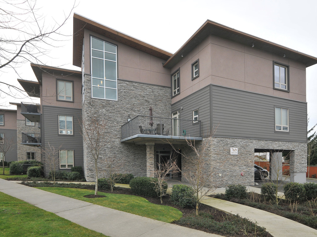 Main Photo: 307 769 Arncote Avenue in VICTORIA: La Langford Proper Condo Apartment for sale (Langford)  : MLS® # 374535