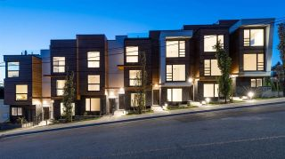 Main Photo: 5 137-149 ST. PATRICK'S Avenue in North Vancouver: Lower Lonsdale Townhouse for sale : MLS® # R2232340