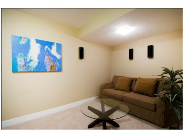 Photo 19: 1 523 34 Street NW in CALGARY: Parkdale Townhouse for sale (Calgary)  : MLS® # C3473184