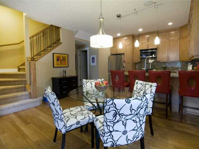 Photo 6: 1 523 34 Street NW in CALGARY: Parkdale Townhouse for sale (Calgary)  : MLS® # C3473184