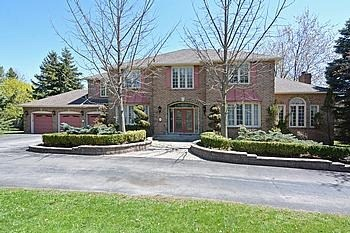 Main Photo: 7 Walnut Glen Place in Markham: Devil's Elbow House (2-Storey) for sale : MLS® # N3195427
