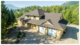 Main Photo: 1575 Recline Ridge Road in Tappen: Recline Ridge House for sale : MLS®# 10140174