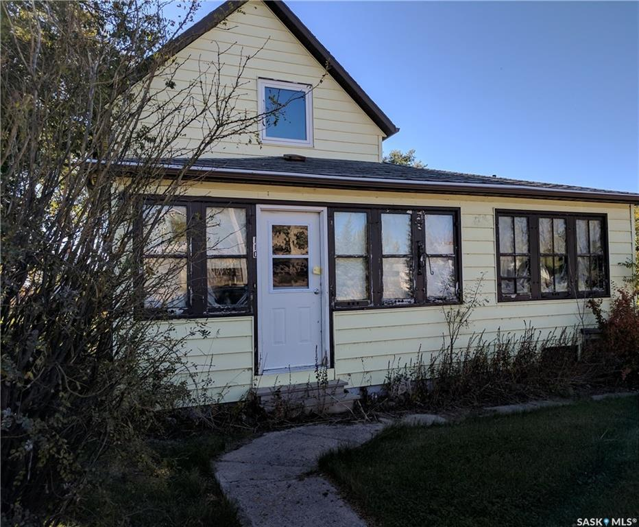 Main Photo: 110 2nd Avenue in Young: Residential for sale : MLS®# SK709207