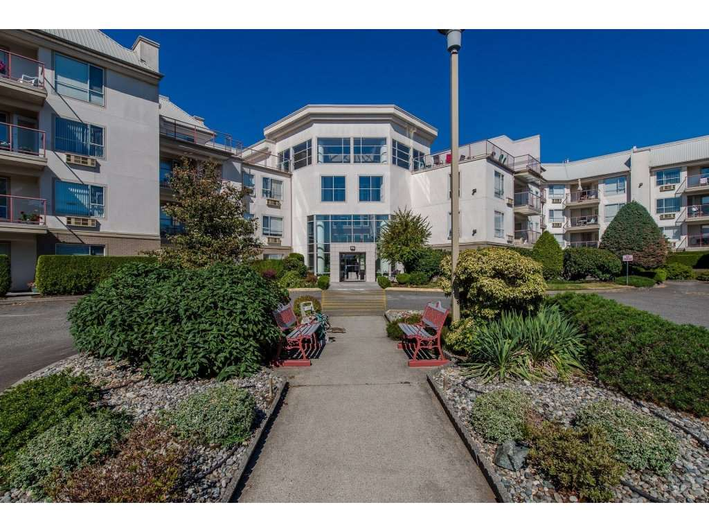 FEATURED LISTING: 406 2626 COUNTESS Street Abbotsford