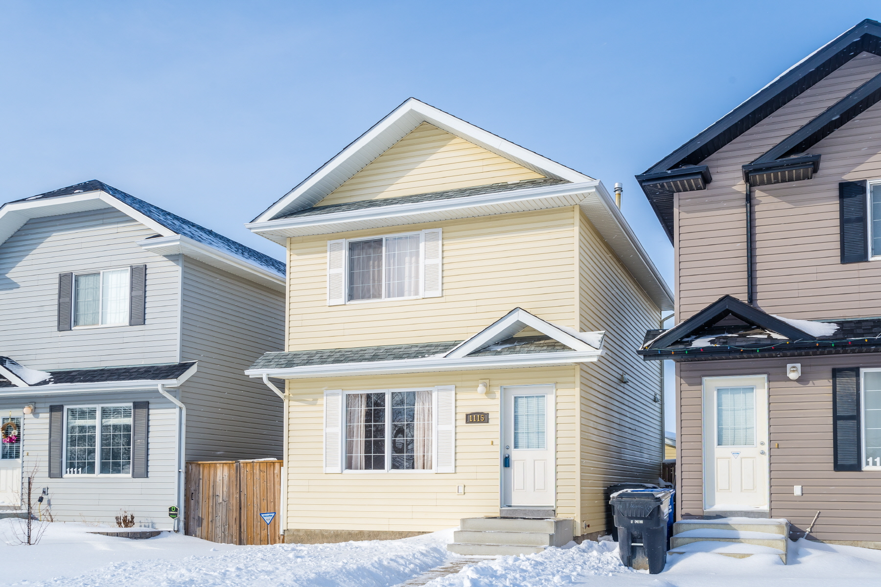 Main Photo: 1115 Steeves Avenue in Saskatoon: Confederation Park Residential for sale : MLS®# SK726258