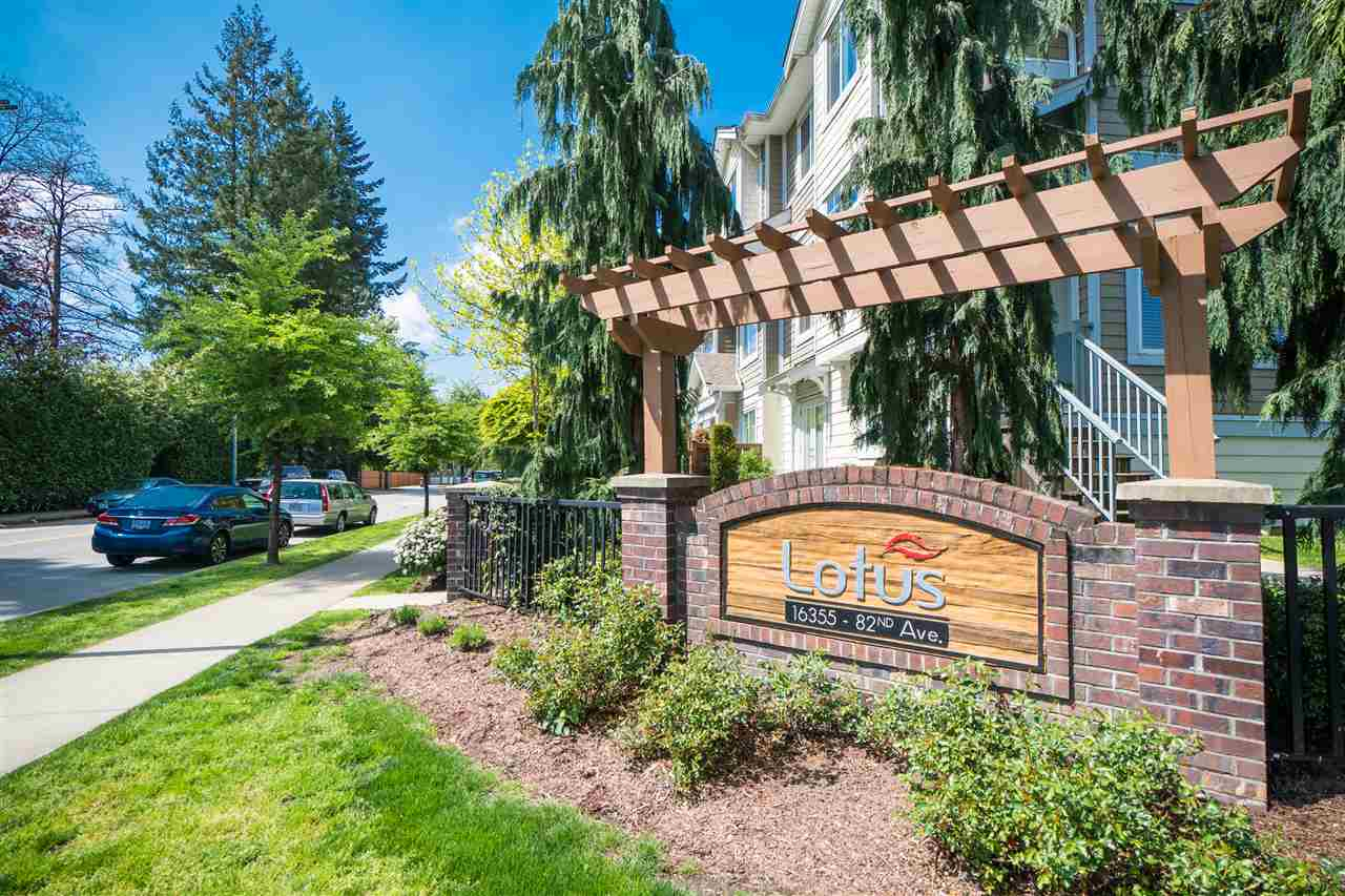 "Main Photo: 32 16355 82 Avenue in Surrey: Fleetwood Tynehead Townhouse for sale in ""Lotus"" : MLS®# R2265235"