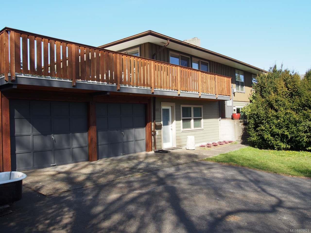FEATURED LISTING: 2411 Glenayr Dr NANAIMO