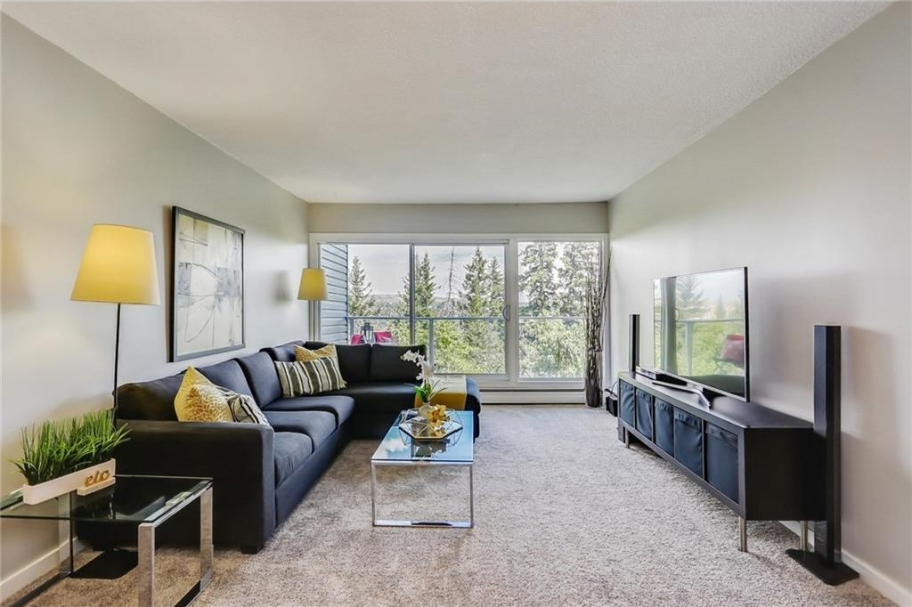 Main Photo: 204 312 CEDAR Crescent SW in Calgary: Spruce Cliff Condo for sale : MLS® # C4129723