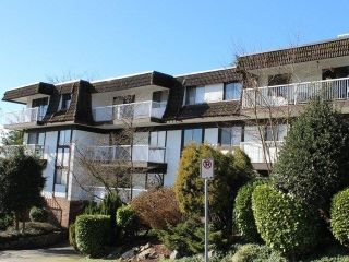 "Main Photo: 310 371 ELLESMERE Avenue in Burnaby: Capitol Hill BN Condo for sale in ""WESTCLIFF ARMS"" (Burnaby North)  : MLS®# R2307559"