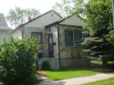 Main Photo: 50 Essex Avenue: Residential for sale (St. Vital)  : MLS®# 2712869