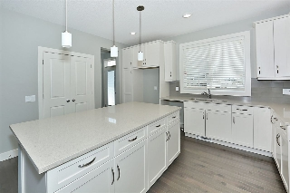 Main Photo: 7417 COLONEL MEWBURN Road in Edmonton: Zone 27 House for sale : MLS® # E4067827