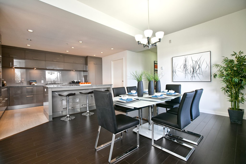 "Main Photo: 201 6093 IONA Drive in Vancouver: University VW Condo for sale in ""THE COAST"" (Vancouver West)  : MLS® # V1047371"