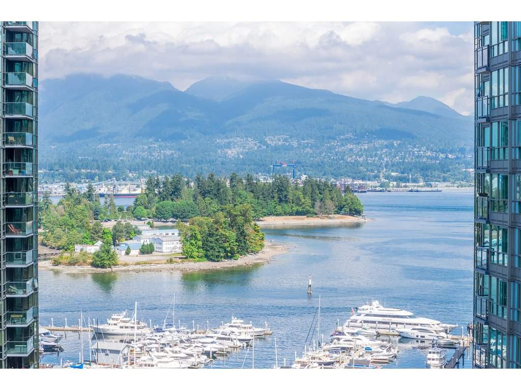 Main Photo: 1805 1331 W GEORGIA Street in Vancouver: Coal Harbour Condo for sale (Vancouver West)  : MLS® # R2198244