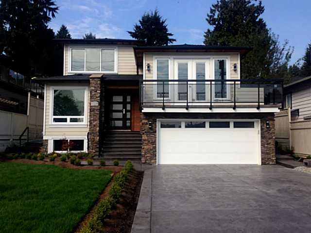Main Photo: 2812 DOLLARTON Highway in North Vancouver: Windsor Park NV House for sale : MLS(r) # V1086447