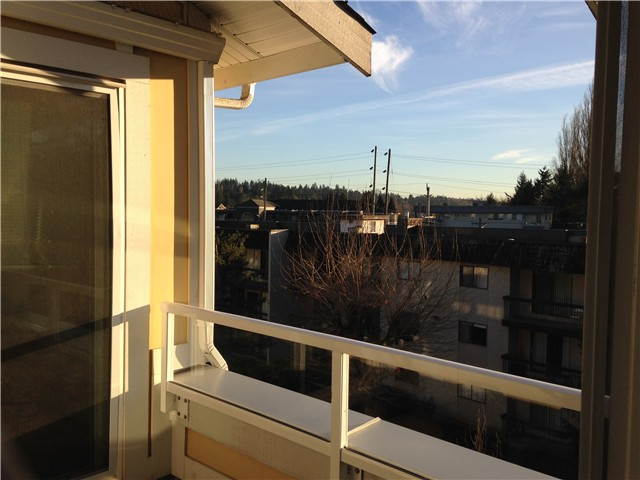 "Photo 13: 403 2368 MARPOLE Avenue in Port Coquitlam: Central Pt Coquitlam Condo for sale in ""RIVER ROCK LANDING"" : MLS® # V1101587"