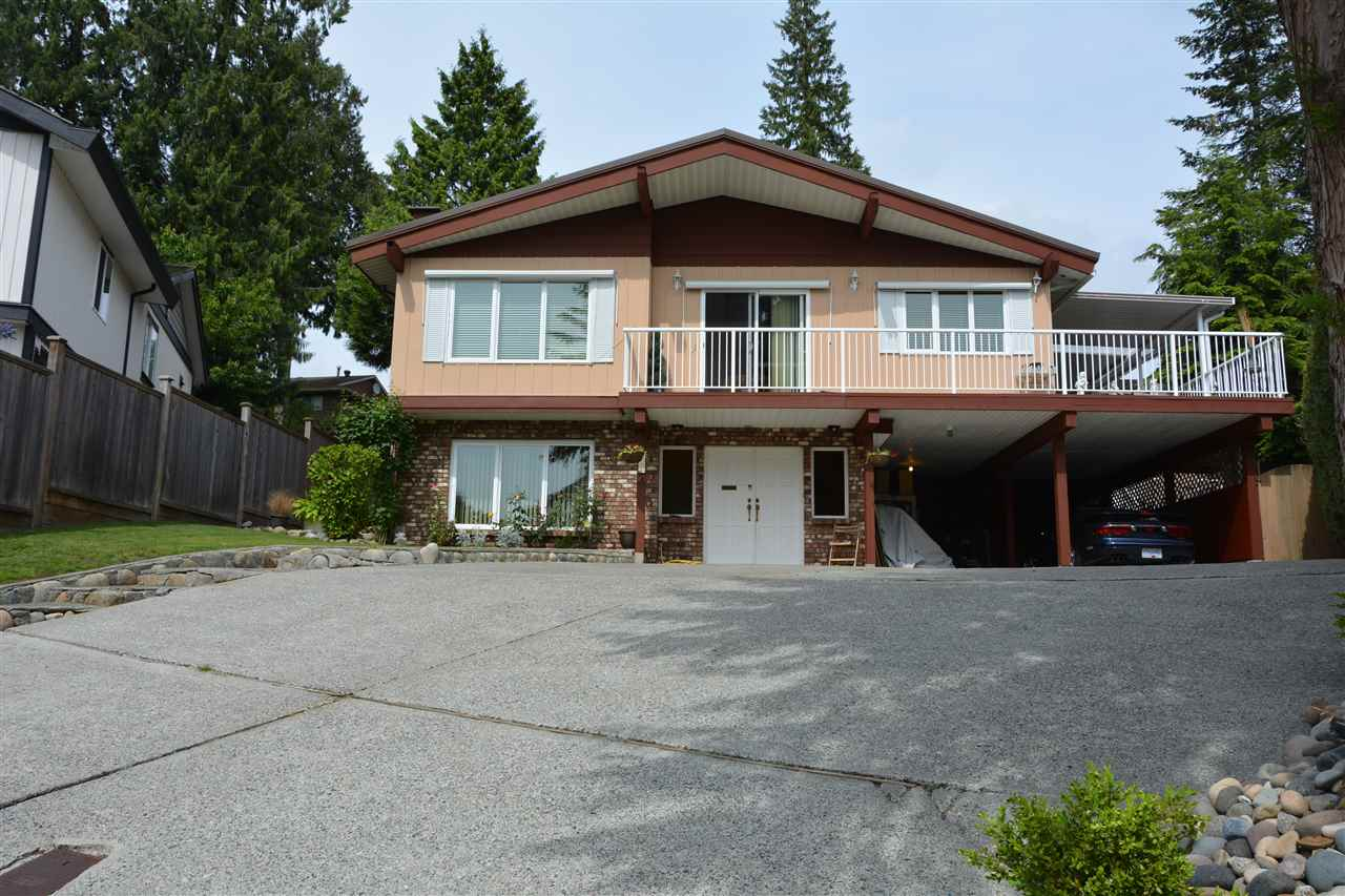 Main Photo: 415 FERNHURST Place in Coquitlam: Coquitlam East House for sale : MLS® # R2079935