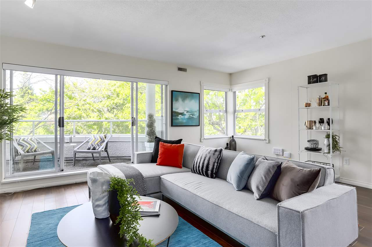 Main Photo: 305 668 W 16TH Avenue in Vancouver: Cambie Condo for sale (Vancouver West)  : MLS®# R2268019