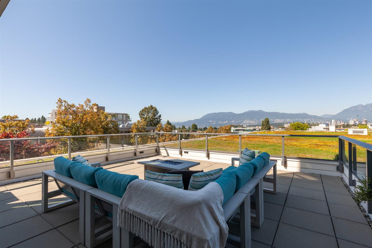 FEATURED LISTING: 529 1777 7TH Avenue West Vancouver