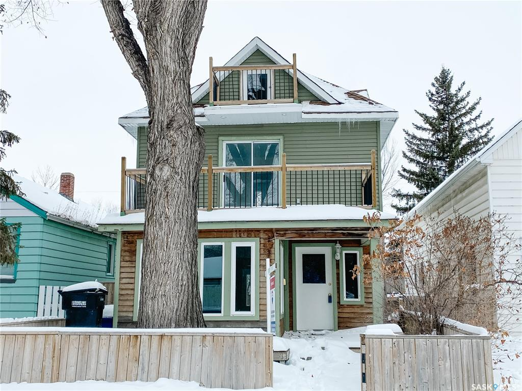 FEATURED LISTING: 507 E Avenue South Saskatoon