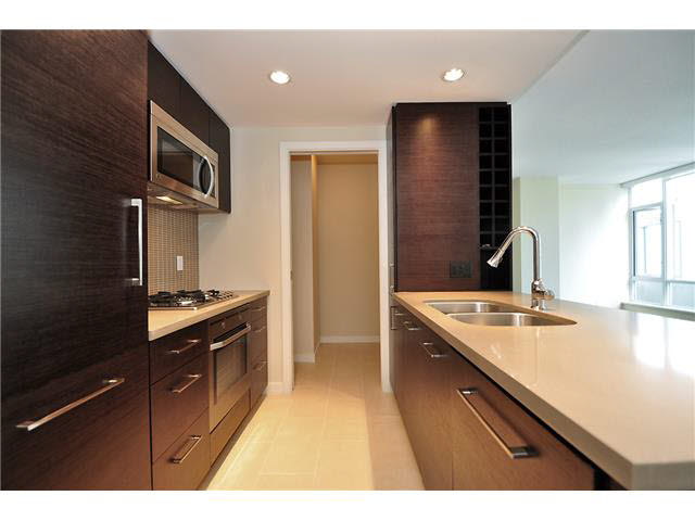 FEATURED LISTING: 510 - 833 HOMER Street Vancouver