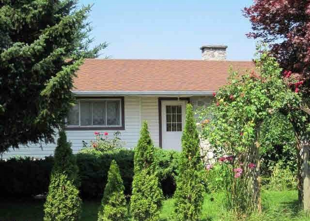 Main Photo: 45649 STOREY Avenue in Sardis: Sardis West Vedder Rd House for sale : MLS® # R2109217