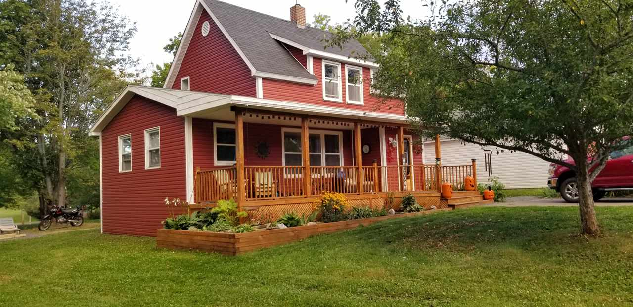 FEATURED LISTING: 141 Pleasant Street Stellarton