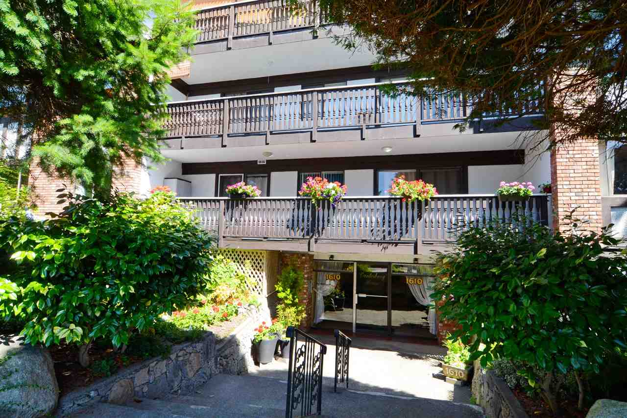 "Photo 16: 307 1610 CHESTERFIELD Avenue in North Vancouver: Central Lonsdale Condo for sale in ""Canterbury House"" : MLS(r) # R2096550"