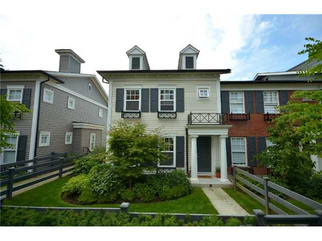 "Main Photo: 39 688 EDGAR Avenue in Coquitlam: Coquitlam West Townhouse for sale in ""GABLE"" : MLS® # V902959"