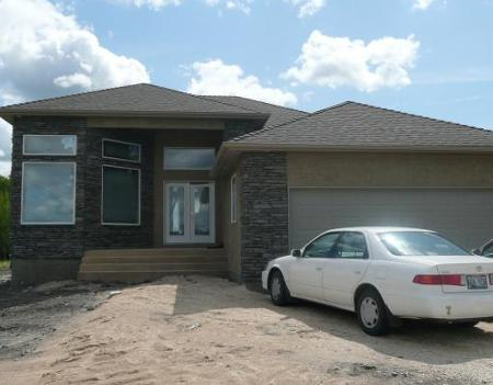 Main Photo: 23 Edenwood Place: Residential for sale (Royalwood)  : MLS® # 2914570