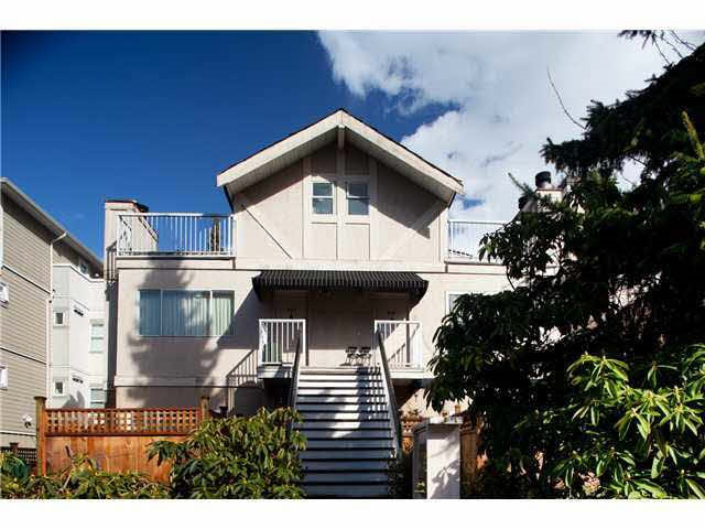 Main Photo: 913 W 14TH Avenue in Vancouver: Fairview VW Townhouse for sale (Vancouver West)  : MLS®# R2186582