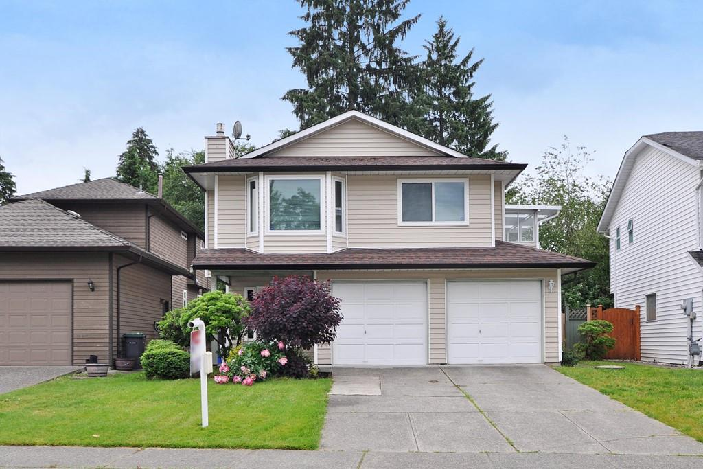 Main Photo: 2838 MCCOOMB Drive in Coquitlam: Eagle Ridge CQ House for sale : MLS® # R2200746