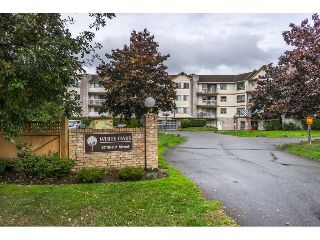 Main Photo: 110 5710 201 Street in Langley: Langley City Condo for sale : MLS® # R2214987