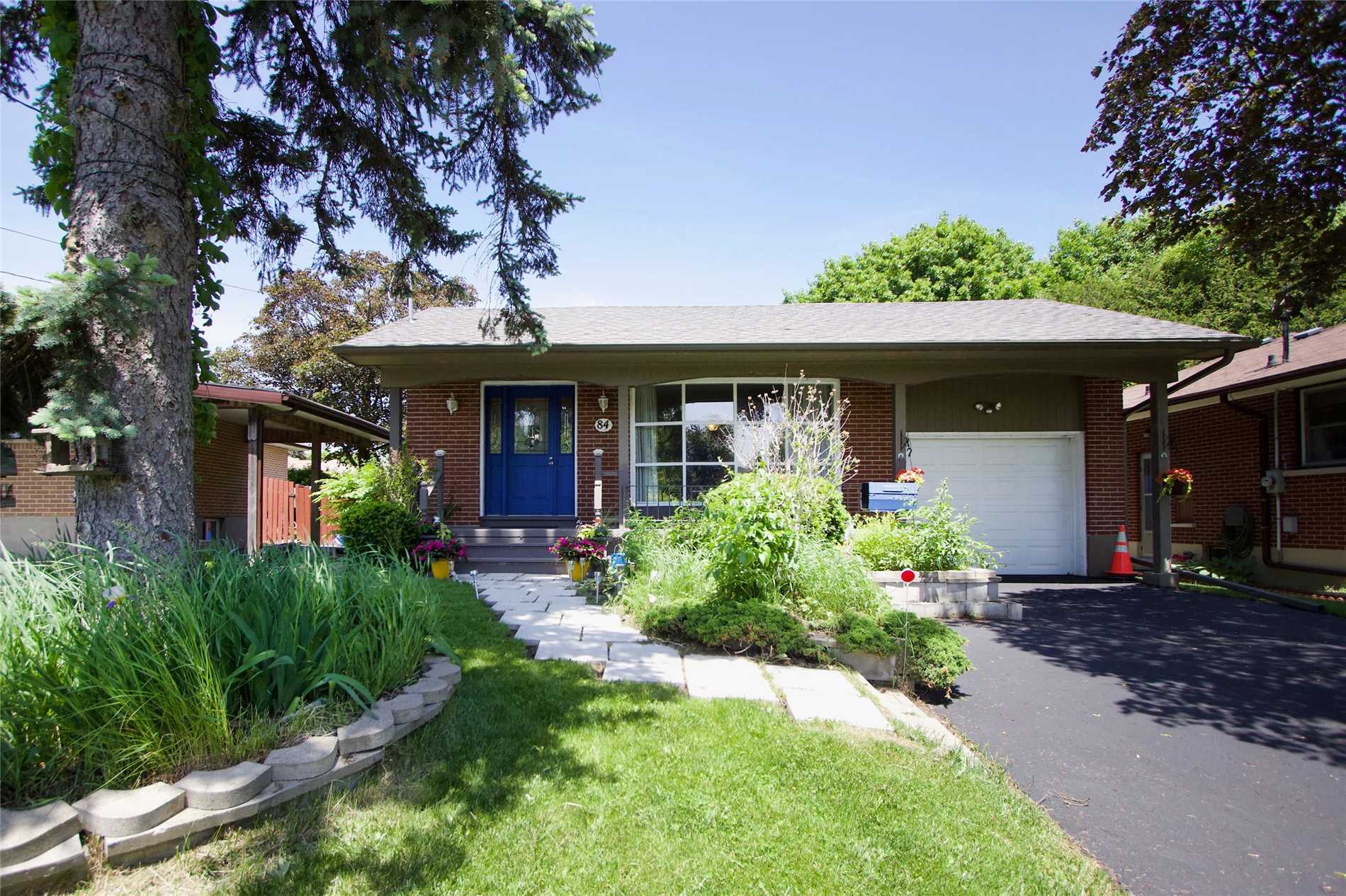 FEATURED LISTING: 84 Robert Street Oshawa