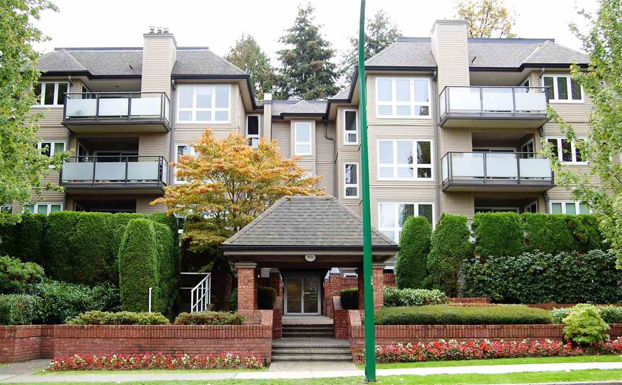 "Main Photo: # 404 - 3950 Linwood Street in Burnaby: Burnaby Hospital Condo for sale in ""CASCADE VILLAGE/ THE PALLISADES"" (Burnaby South)  : MLS® # R2114908"