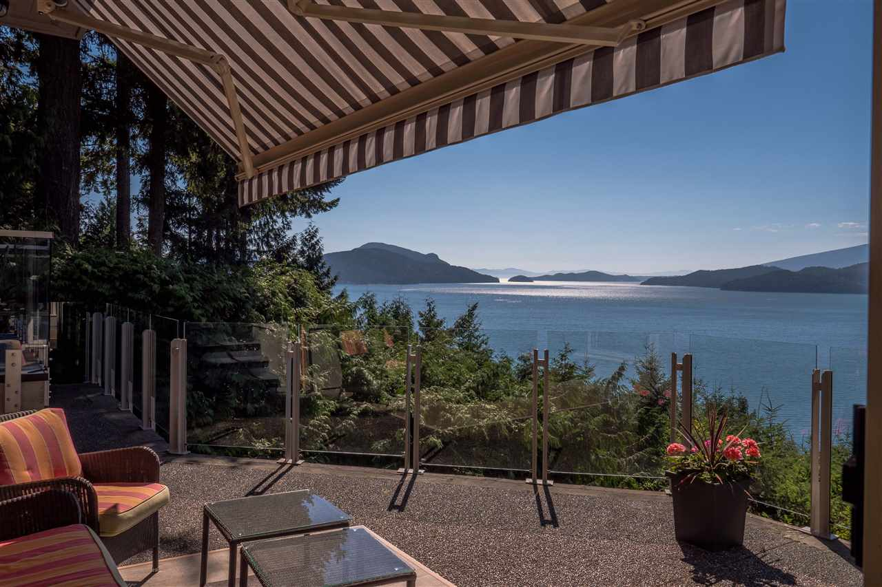 Main Photo: 70 PANORAMA Road: Lions Bay House for sale (West Vancouver)  : MLS® # R2207334