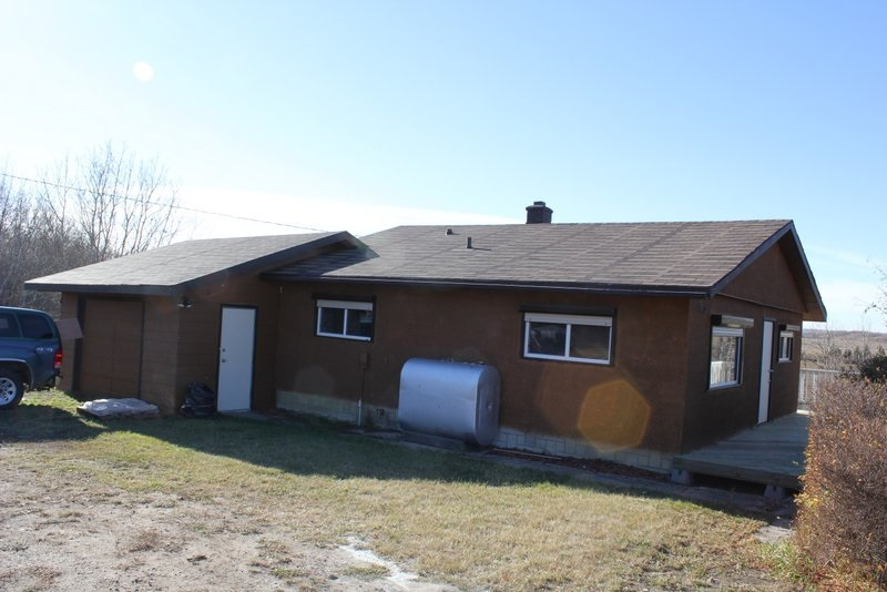 FEATURED LISTING: 3503 Twp Rd 560 Rural St. Paul County