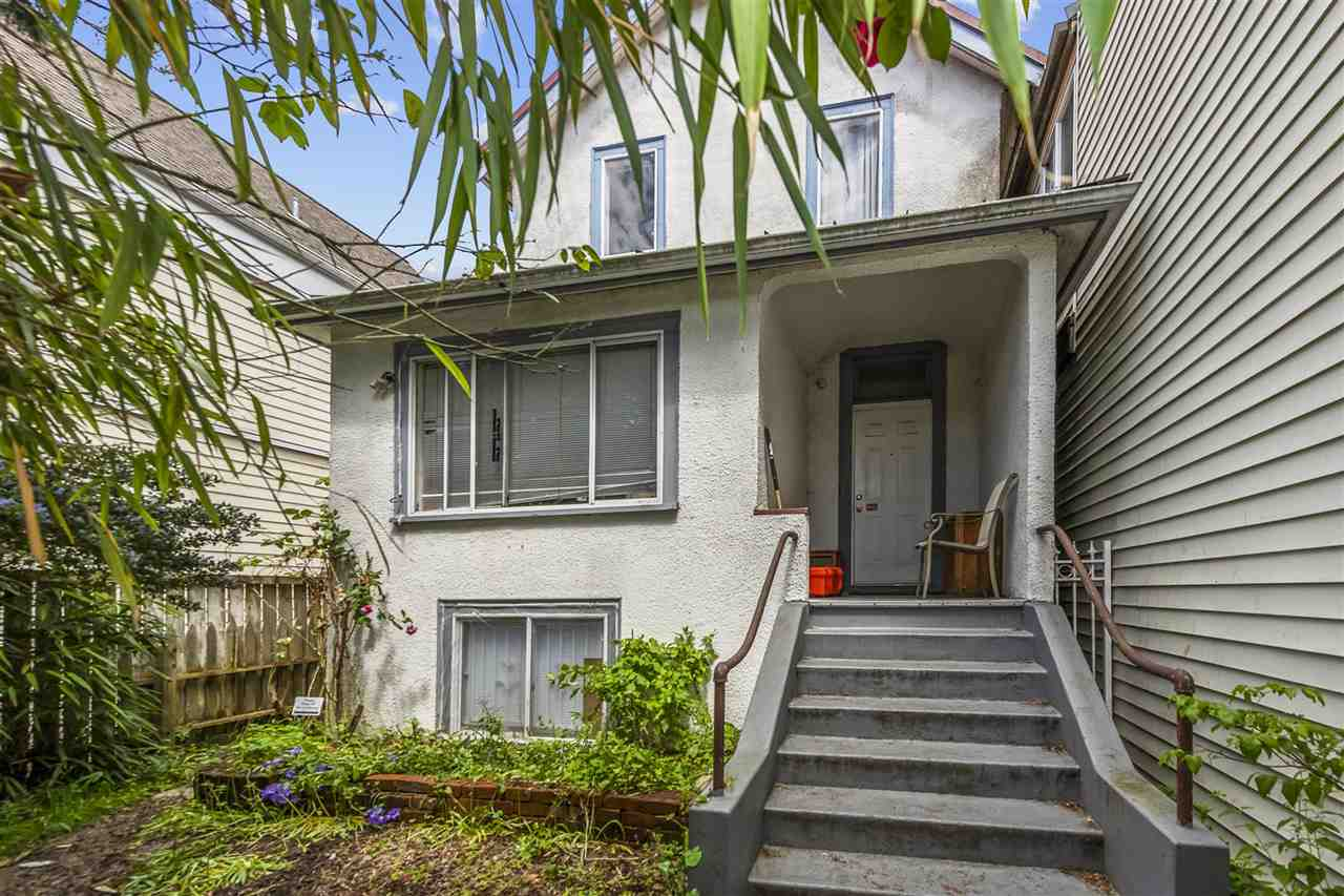 FEATURED LISTING: 429 PENDER Street East Vancouver