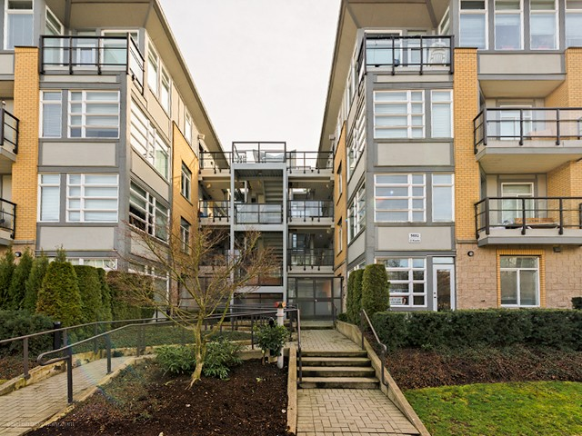 "Main Photo: 104 5692 KINGS Road in Vancouver: University VW Condo for sale in ""O'Keefe"" (Vancouver West)  : MLS® # V1049459"